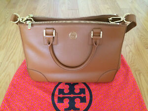 Tory Burch Robinson Double Zip Tote – Luggage Colour