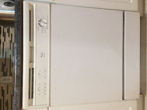 Almost new dishwasher