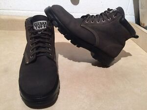Men's Roots Tuff Leather Boots Size 12