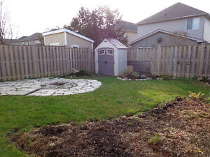 Beautiful North London Bungalow! Hurry and Call Today! London Ontario image 10