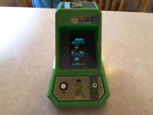 Electronic frogger game