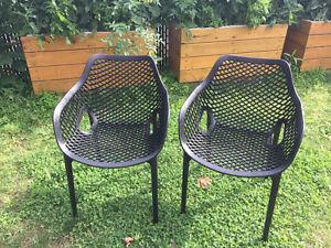 Chaises de patio modernes noires