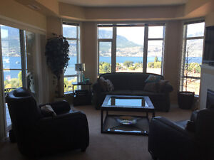 WOW! ON THE LAKE One Bedroom & One Den/Bedroom