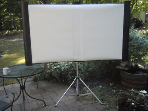 Toile de projection mobile