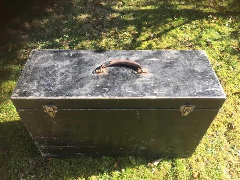 Large wooden tool box FREE DELIVERY THIS FRIDAY ONLY