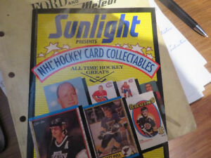 Sunlight Hockey card collectibles-autographed--Canadiens pucks