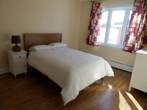 FURNISHED condo apartment - 3 bedrooms - excellent location West Island Greater Montréal image 6