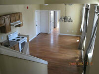 !!!!AMAZING Sunny and Bright Uptown 3 bdr apartment...!!!!