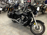 015 Yamaha V-Star 1300 Deluxe - 266KM - FULL WARRANTY!!!! $13999