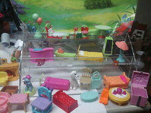 doll house furniture mixed all different kinds