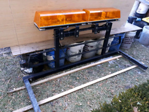 Heavy-duty Back rack and Amber work lights