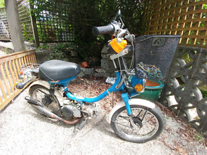Moped Yamaha QT 50 needs work
