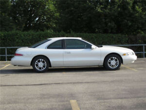 1997 Lincoln Mark V111