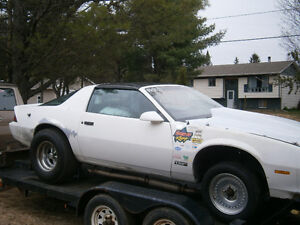 1984 Camaro ex race car t roof rolling chasis