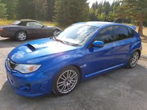 2012 Subaru Impreza WRX STi Sport Tech RARE Hatchback Low KMS