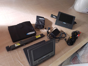 Dual portable dvd players