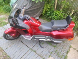 Honda Pacific Coast 800cc