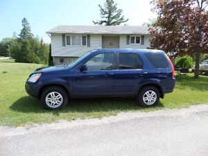 2004 HONDA CR-V 4WD -EXTRA CLEAN - $5500. CERT & E-TEST