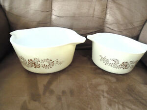 Pair of Pyrex Dishes