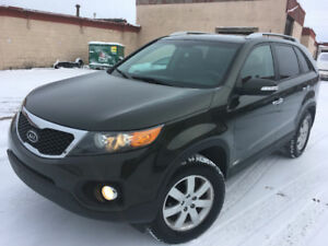 2011 KIA SORENTO LX, AWD, 4 cyl, Low kms, CERTIFIED