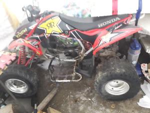 Trx 450r 2004 1500$