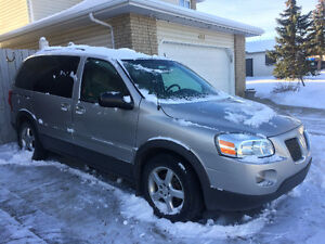 2009 pontiac montana sv6 ,7seat or trade with ford f-250Hd truck