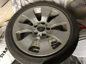 BMW OEM 17 inch wheels and winter tires RUNFLAT pneux hiver