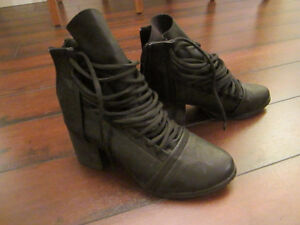 Black Leather-like Ankle Boots Chunky Heel