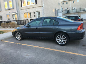 2006 Volvo S60 AWD 2.5L Turbo/ Auto /Safety/ Leather/ Sunroof/