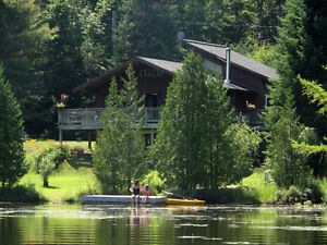 Lakefront beautiful laurentians