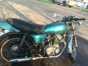 '78 KZ400  project or parts Bike!!