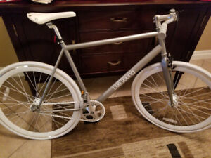 New! Sole Single Speed Urban Commuter Bicycle - Great Deal!