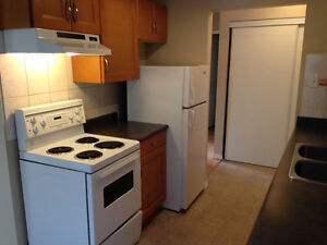 1 Br Apart - March 1/2 Price ! Call Now!