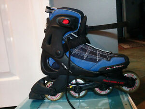 Women's Size 10 or Men's Size 8 Rollerblades - never used