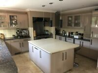 Immaculate Kitchen ** MUST GO**