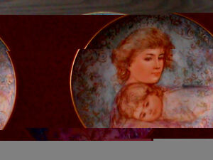 "Mother's Day Plate by Knowles from 1984 ""Abby and Lisa"" 22 karat"
