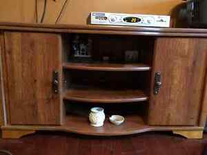 TV Stand 40.00