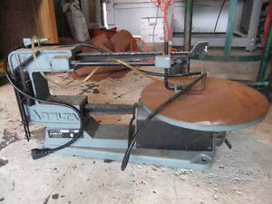 delta 40-560C scroll saw in good cond comes with some blades