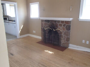 4 bed house 1 bath available May 1st $1,300 plus utilities