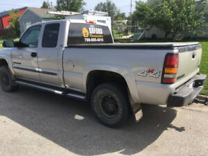2004 GMC 2500 HD with 183,000 km   Asking 7500.00