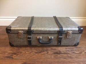 Vintage luggage, authentic 50+ years old suitcase
