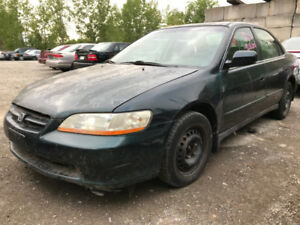 1999 Honda Accord  ** FOR PARTS ** INSIDE & OUTSIDE **