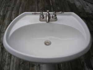 Bathroom Pedestal Sink and Faucet