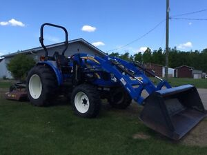 Boomer 50 Compact Tractor w/ Loader and Mower