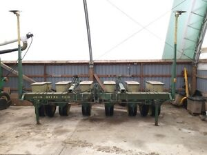 7100 john deer corn planter