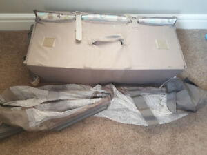 """Graco """"pack n play on the go"""" playpen"""