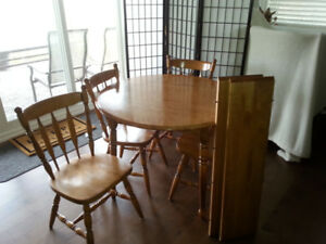 SOLID MAPLE TABLE AND CHAIR SET