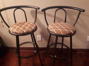 Bar Stools - Selling each for $5