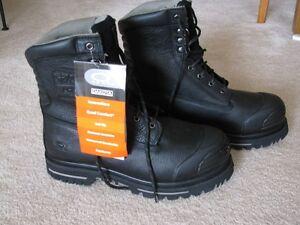 Men's size 12 Dakota safety boot