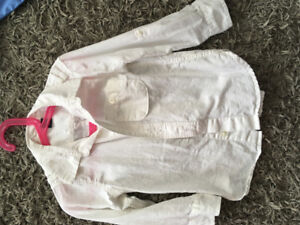 Like new size 4 Linen Baby Gap Button up